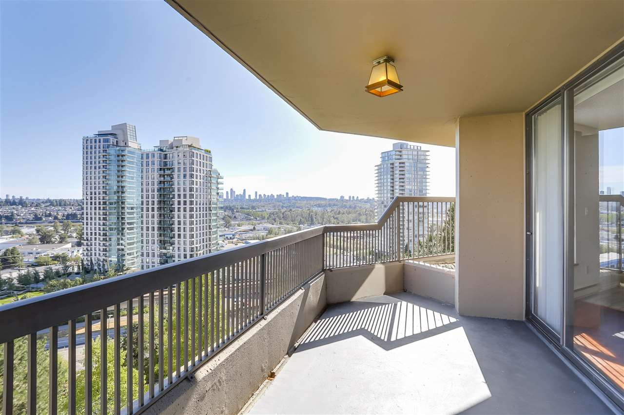 Condo Apartment at 906 2041 BELLWOOD AVENUE, Unit 906, Burnaby North, British Columbia. Image 13