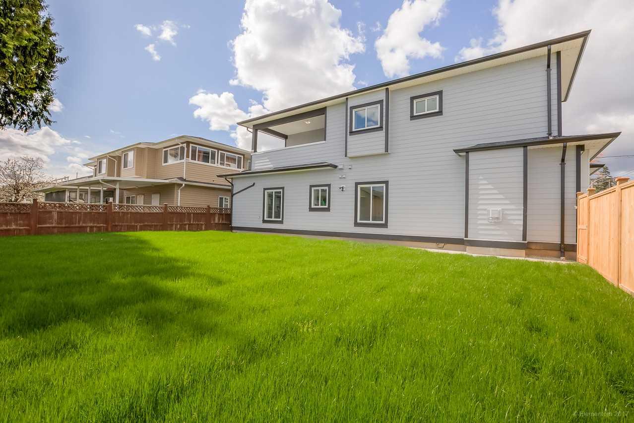 Half-duplex at 7483 MARY AVENUE, Burnaby East, British Columbia. Image 19
