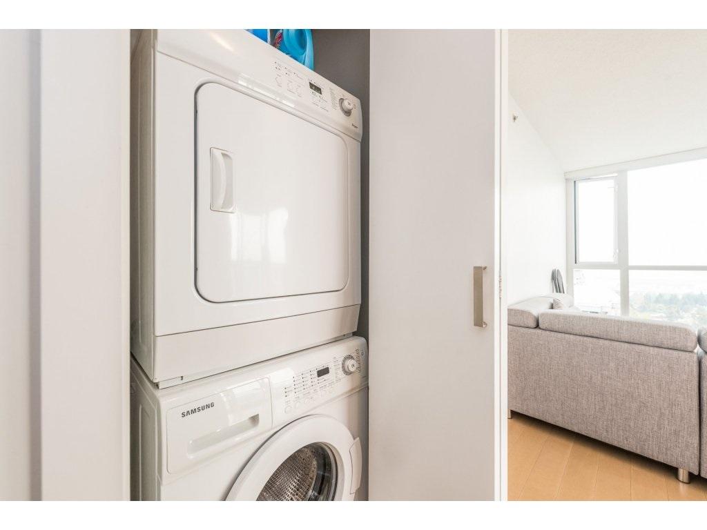 Condo Apartment at 2410 10777 UNIVERSITY DRIVE, Unit 2410, North Surrey, British Columbia. Image 12
