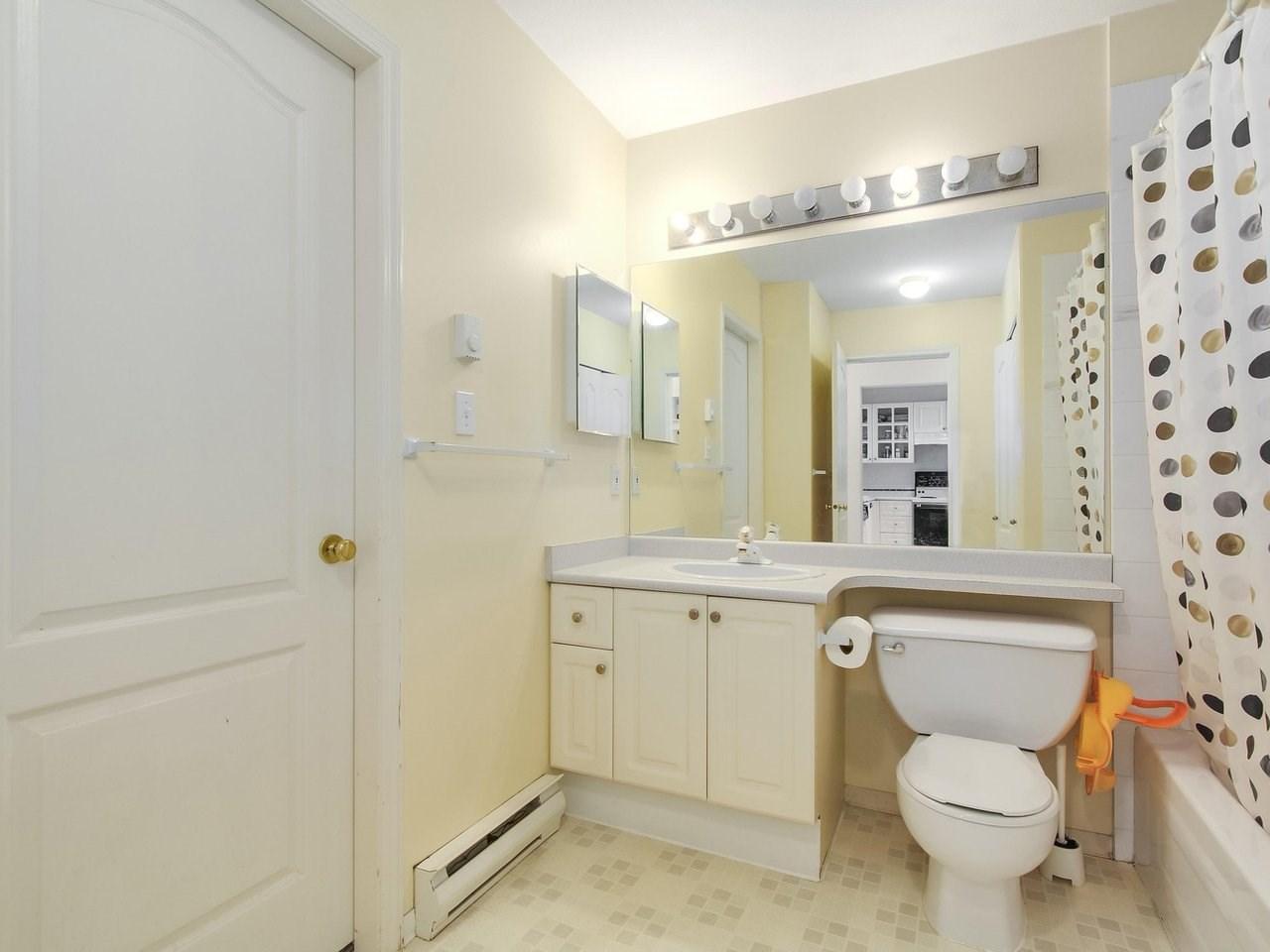 Condo Apartment at 314 8880 JONES ROAD, Unit 314, Richmond, British Columbia. Image 13
