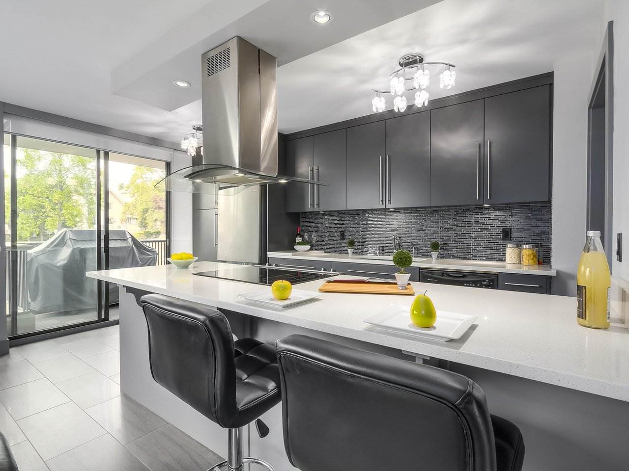 Condo Apartment at 306 3760 ALBERT STREET, Unit 306, Burnaby North, British Columbia. Image 2