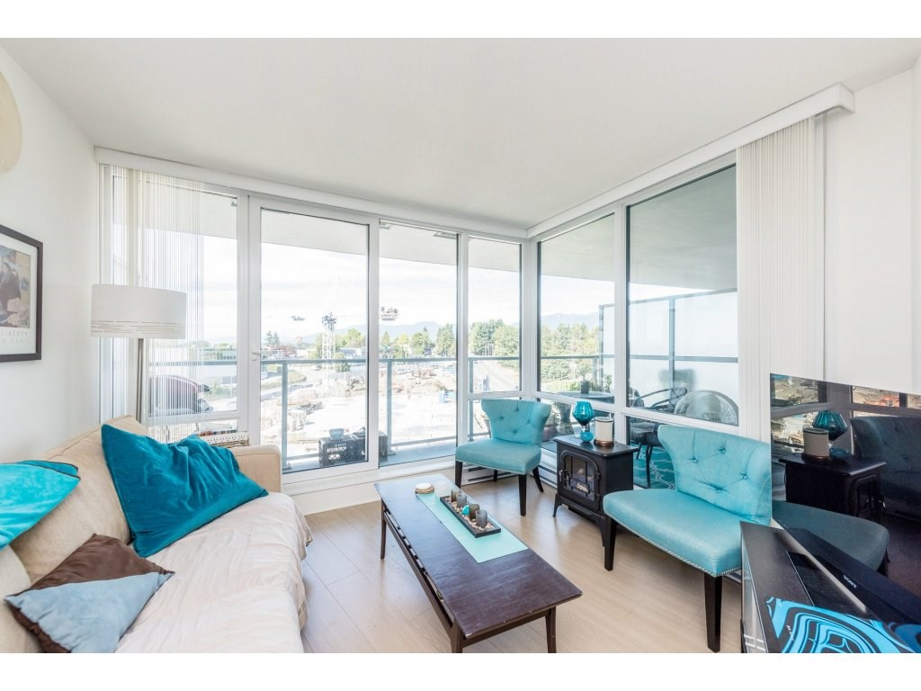 Condo Apartment at 602 4189 HALIFAX STREET, Unit 602, Burnaby North, British Columbia. Image 3