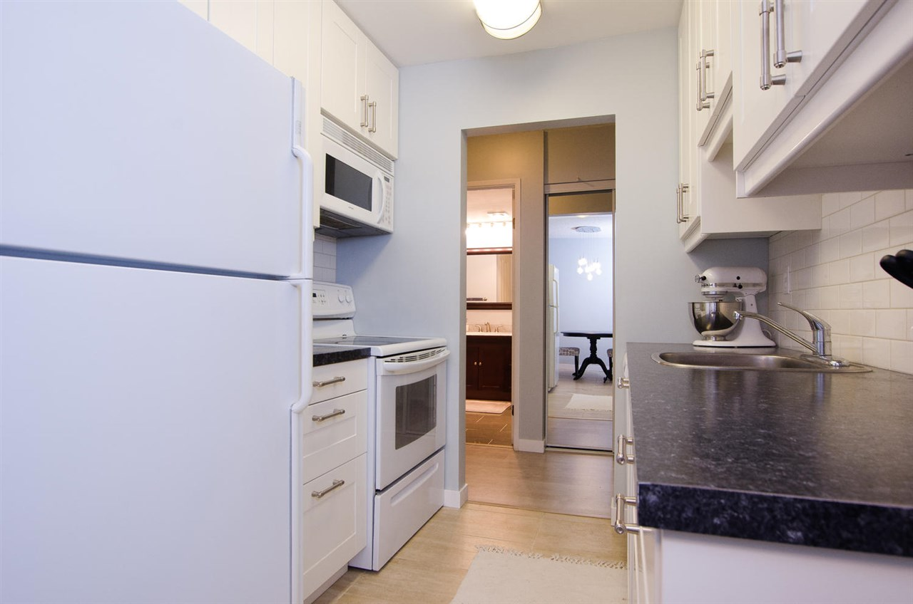 Condo Apartment at 211 9101 HORNE STREET, Unit 211, Burnaby North, British Columbia. Image 4