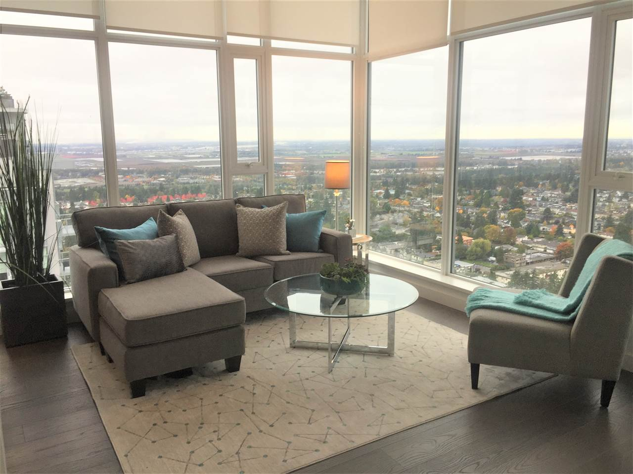 Condo Apartment at 4202 6538 NELSON AVENUE, Unit 4202, Burnaby South, British Columbia. Image 6
