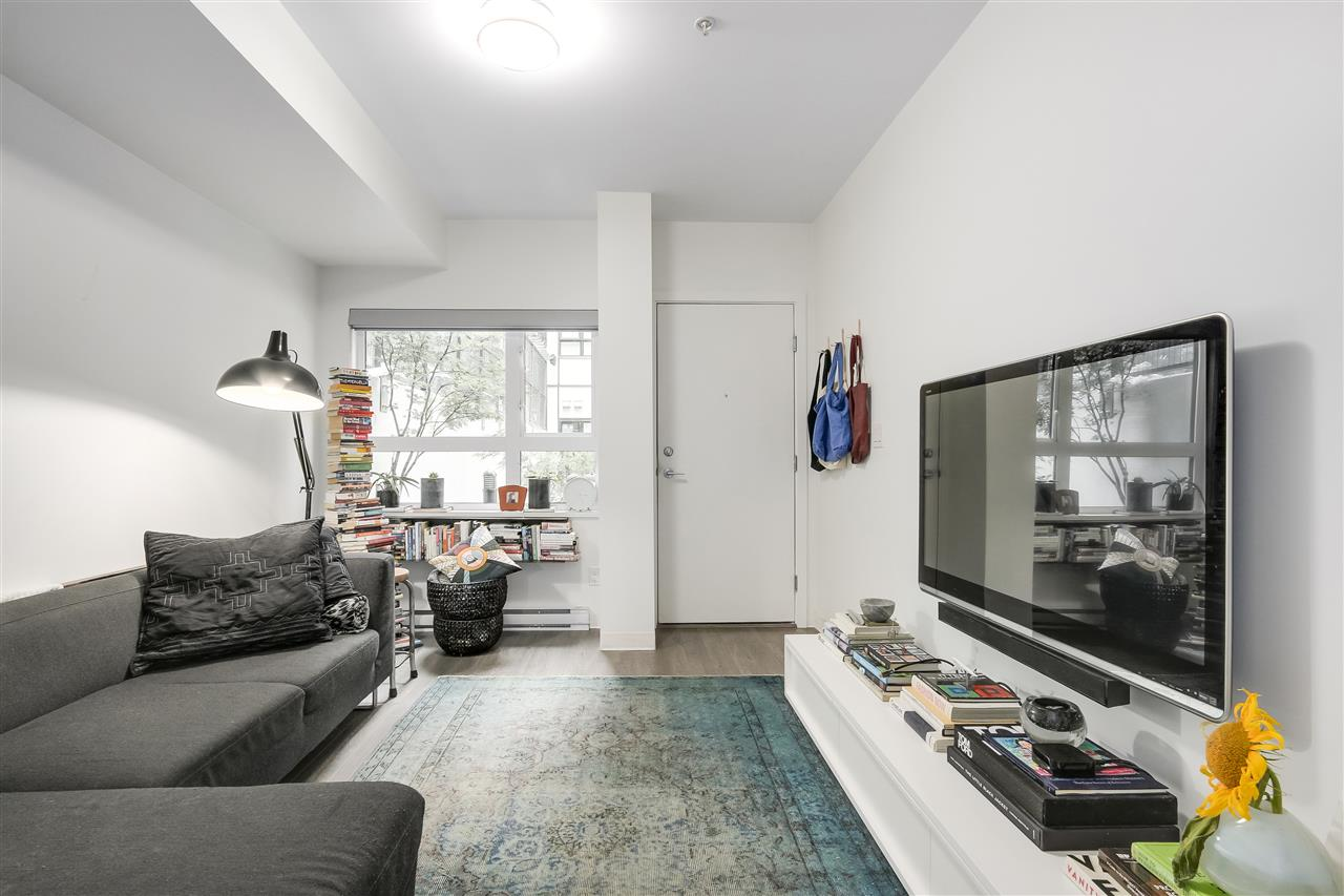 Condo Apartment at 212 138 E HASTINGS STREET, Unit 212, Vancouver East, British Columbia. Image 3