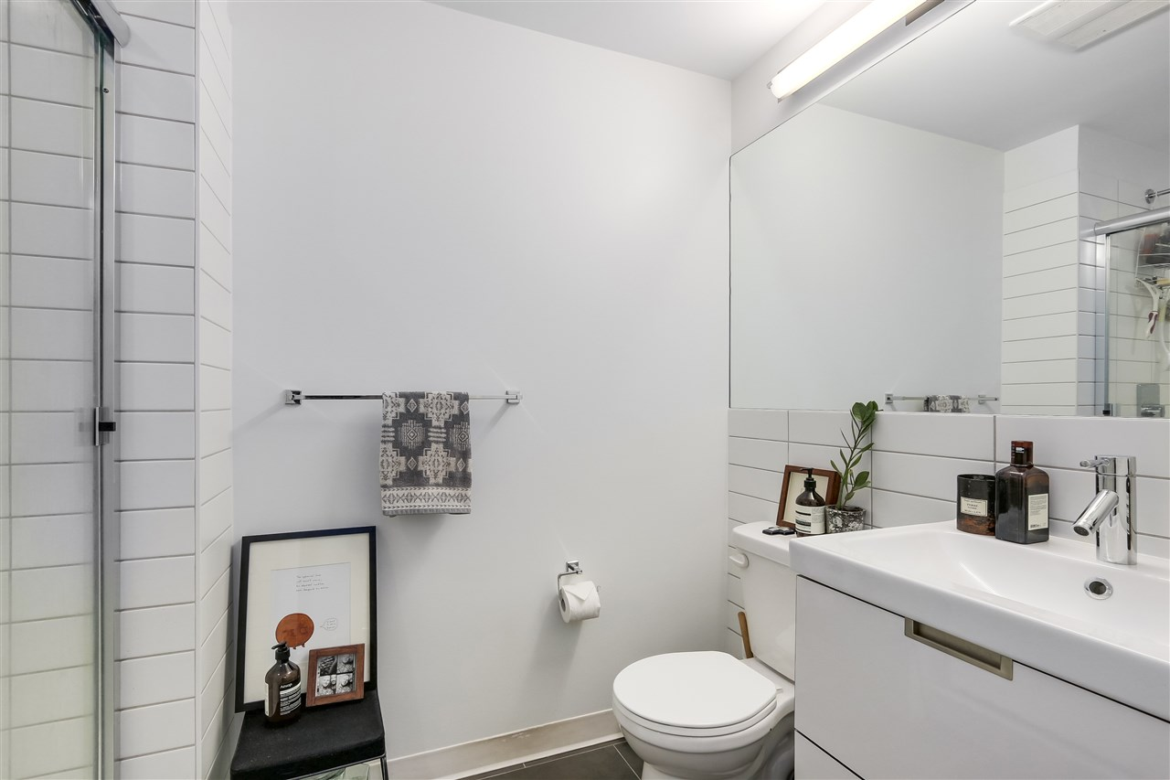 Condo Apartment at 212 138 E HASTINGS STREET, Unit 212, Vancouver East, British Columbia. Image 12