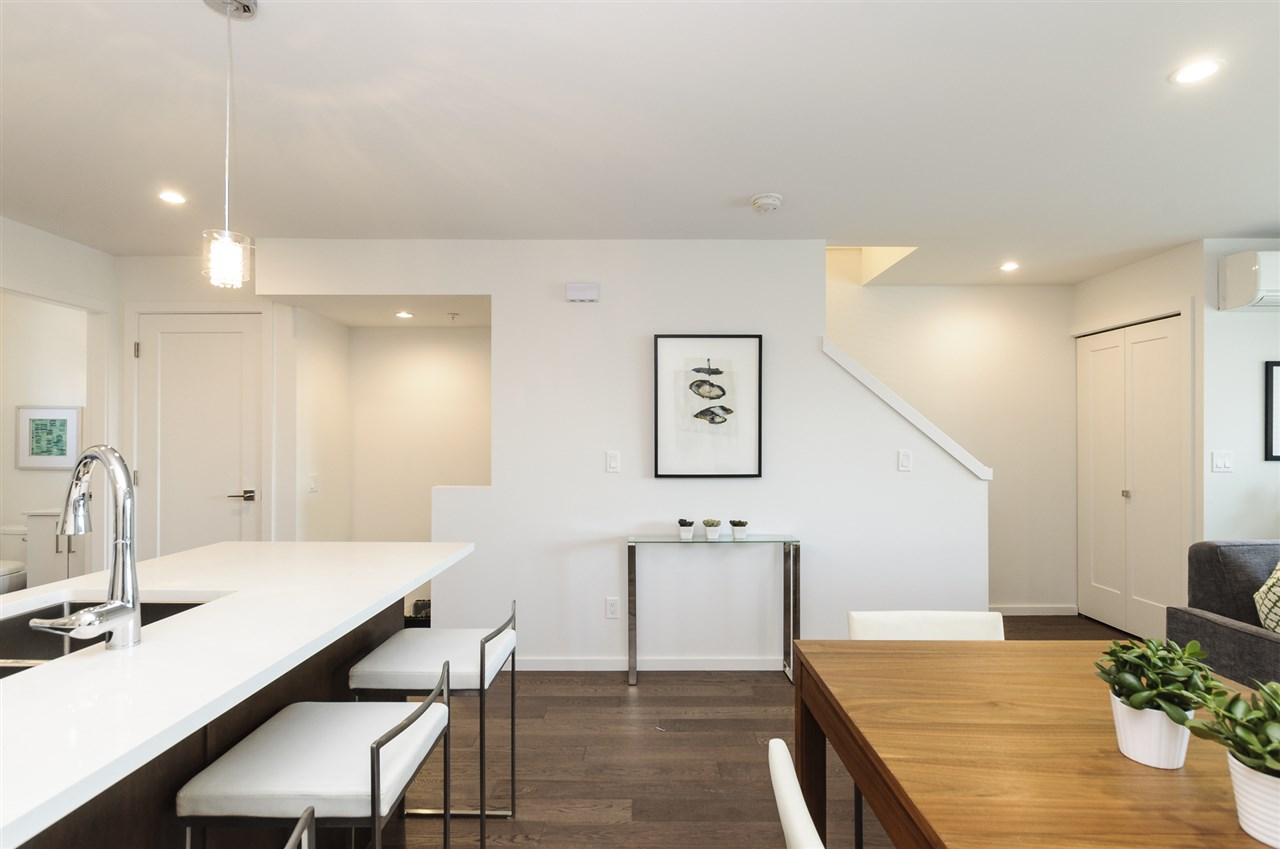 Townhouse at 981 W 70TH AVENUE, Vancouver West, British Columbia. Image 6