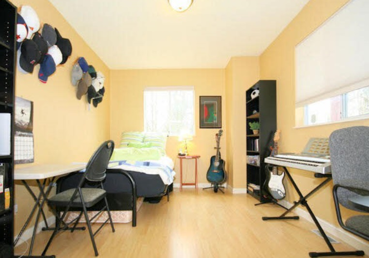 Townhouse at 104 8672 E TULSY CRESCENT, Unit 104, Surrey, British Columbia. Image 7