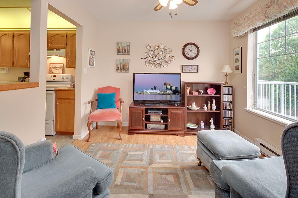 Condo Apartment at 117 11601 227 STREET, Unit 117, Maple Ridge, British Columbia. Image 8