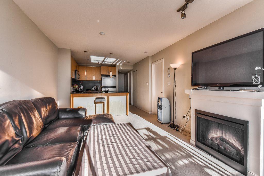 Condo Apartment at 2703 9888 CAMERON STREET, Unit 2703, Burnaby North, British Columbia. Image 5