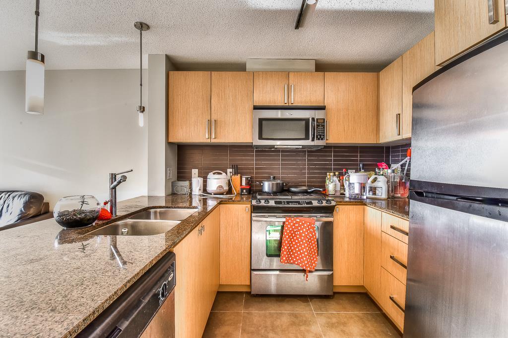 Condo Apartment at 2703 9888 CAMERON STREET, Unit 2703, Burnaby North, British Columbia. Image 9