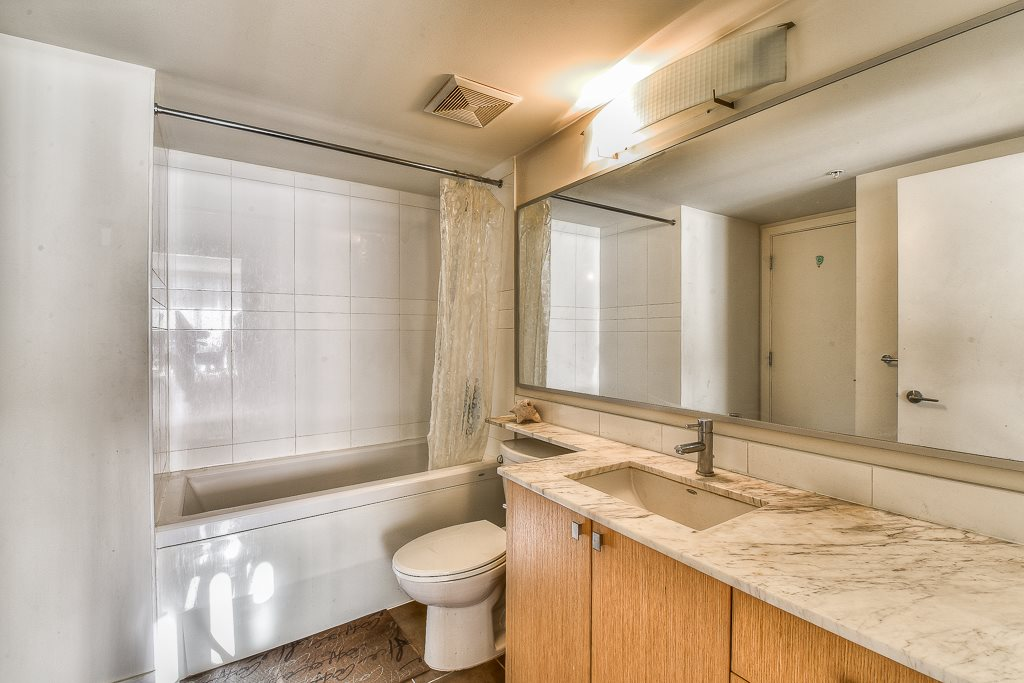 Condo Apartment at 2703 9888 CAMERON STREET, Unit 2703, Burnaby North, British Columbia. Image 15