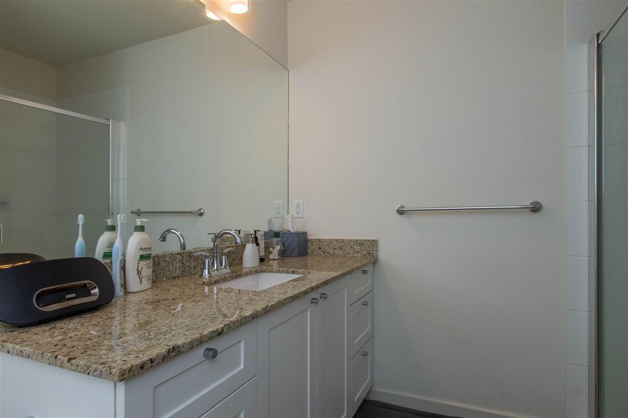 Condo Apartment at 318 2477 KELLY AVENUE, Unit 318, Port Coquitlam, British Columbia. Image 16