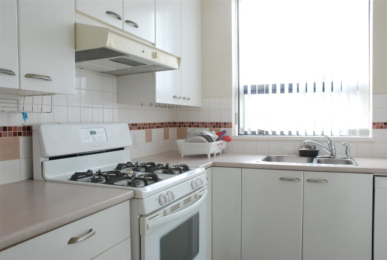 Condo Apartment at 501 4505 HAZEL STREET, Unit 501, Burnaby South, British Columbia. Image 7