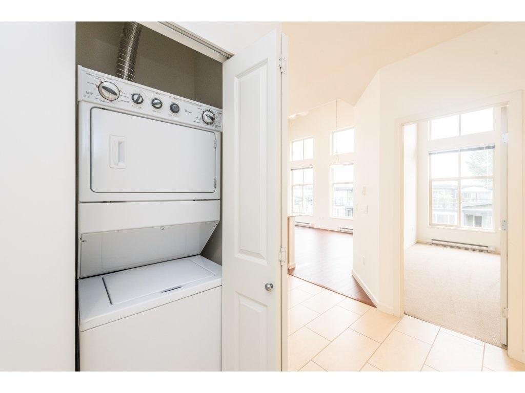 Condo Apartment at 417 2477 KELLY AVENUE, Unit 417, Port Coquitlam, British Columbia. Image 16