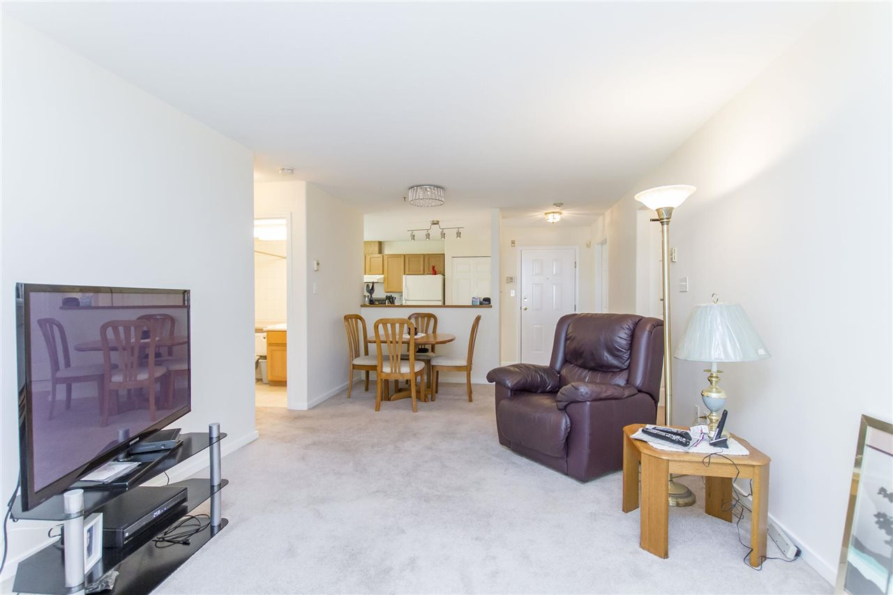 Condo Apartment at 103 558 ROCHESTER AVENUE, Unit 103, Coquitlam, British Columbia. Image 19