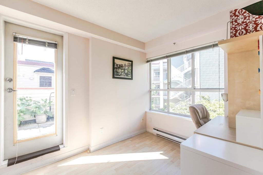 Condo Apartment at 423 528 ROCHESTER AVENUE, Unit 423, Coquitlam, British Columbia. Image 11
