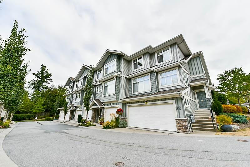 Townhouse at 16 11282 COTTONWOOD DRIVE, Unit 16, Maple Ridge, British Columbia. Image 3