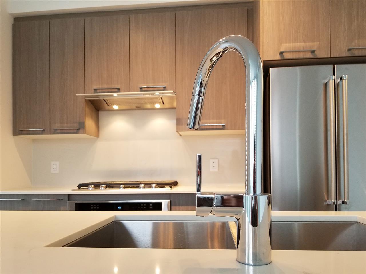 Condo Apartment at 901 7688 ALDERBRIDGE WAY, Unit 901, Richmond, British Columbia. Image 3