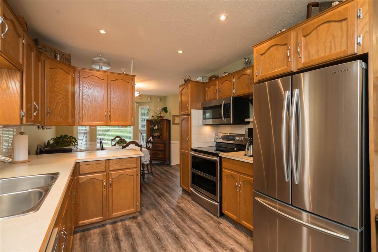Condo Apartment at 38 2938 TRAFALGAR STREET, Unit 38, Abbotsford, British Columbia. Image 7