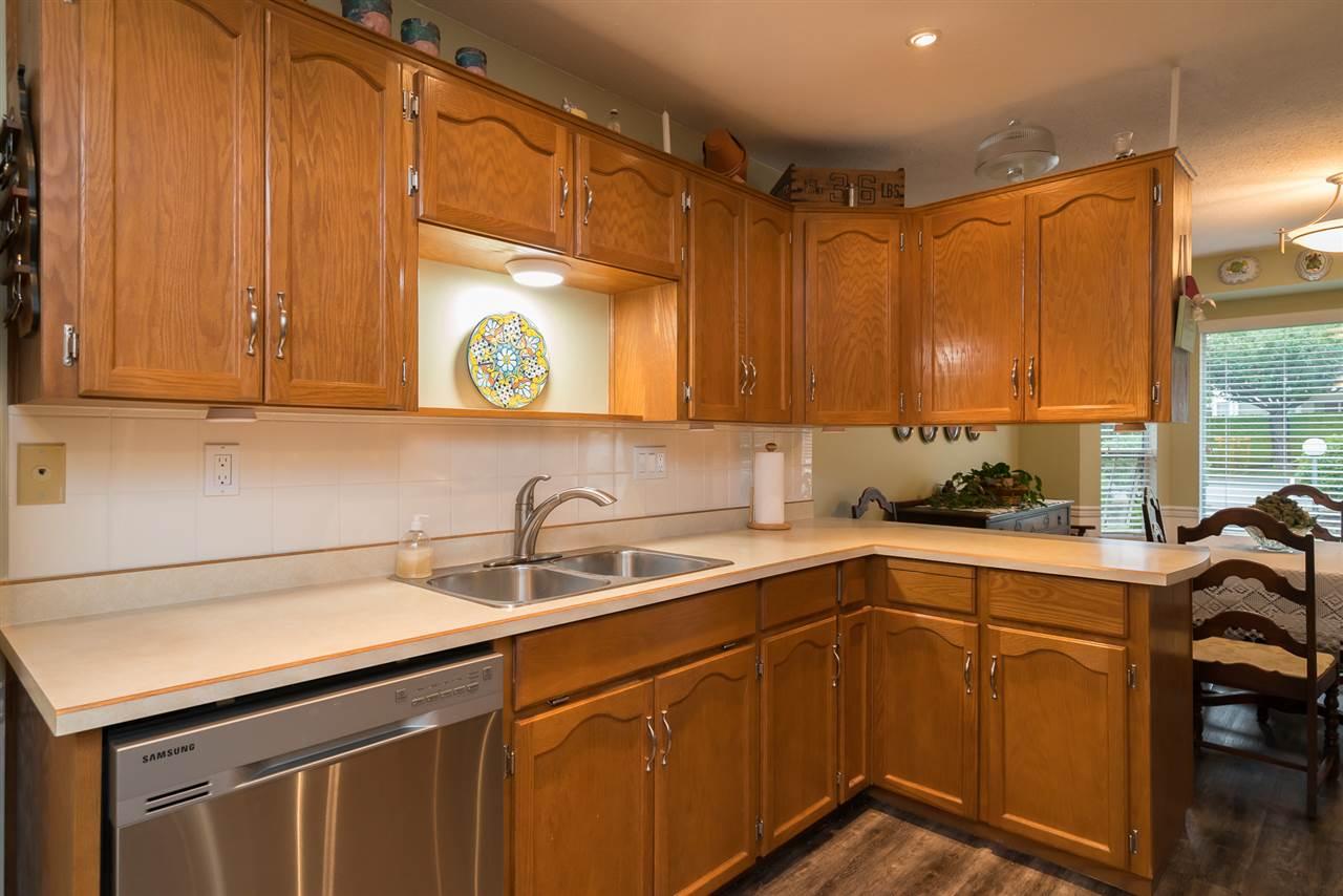 Condo Apartment at 38 2938 TRAFALGAR STREET, Unit 38, Abbotsford, British Columbia. Image 11