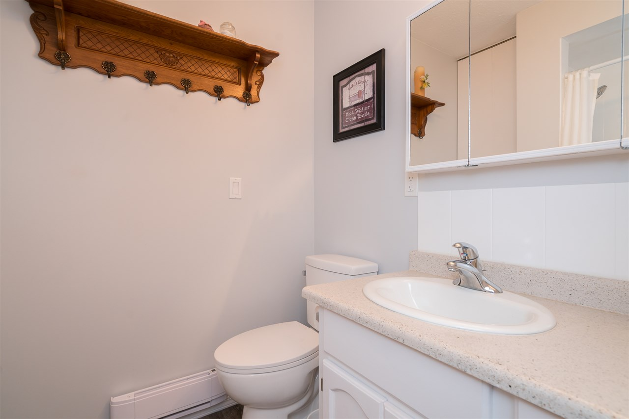 Condo Apartment at 38 2938 TRAFALGAR STREET, Unit 38, Abbotsford, British Columbia. Image 17