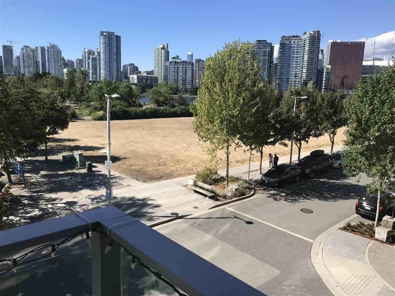 Condo Apartment at 309 181 W 1ST AVENUE, Unit 309, Vancouver West, British Columbia. Image 3
