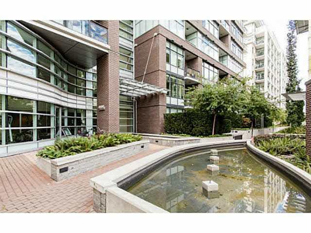Condo Apartment at 309 181 W 1ST AVENUE, Unit 309, Vancouver West, British Columbia. Image 8