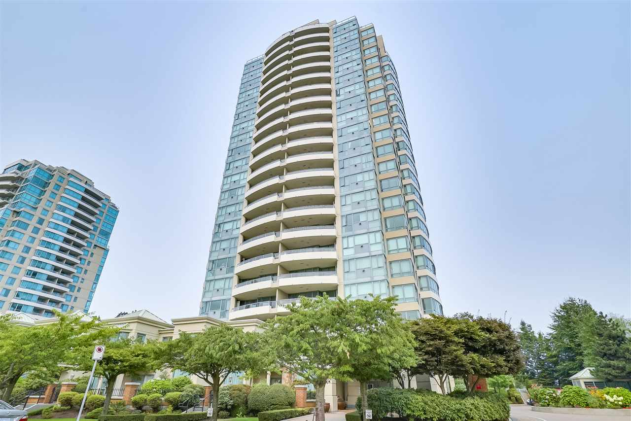 Condo Apartment at 601 6659 SOUTHOAKS CRESCENT, Unit 601, Burnaby South, British Columbia. Image 1
