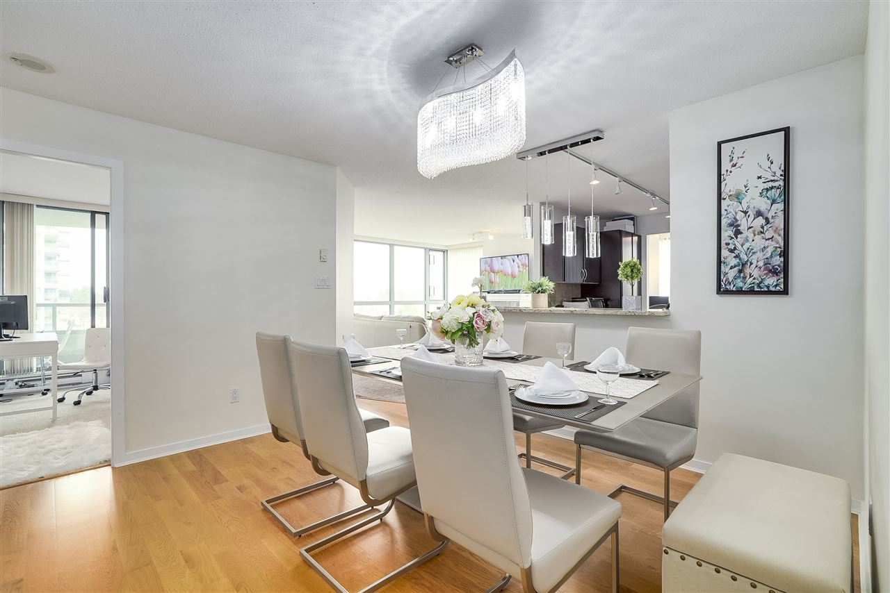 Condo Apartment at 601 6659 SOUTHOAKS CRESCENT, Unit 601, Burnaby South, British Columbia. Image 9