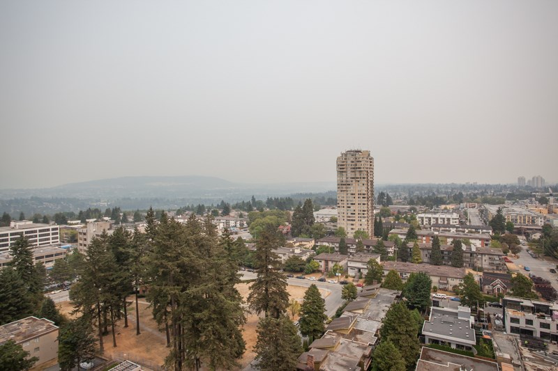 Condo Apartment at 2202 6588 NELSON AVENUE, Unit 2202, Burnaby South, British Columbia. Image 15