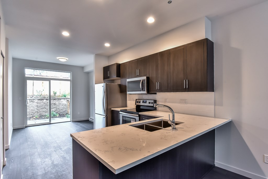Townhouse at 49 14555 68 AVENUE, Unit 49, Surrey, British Columbia. Image 6