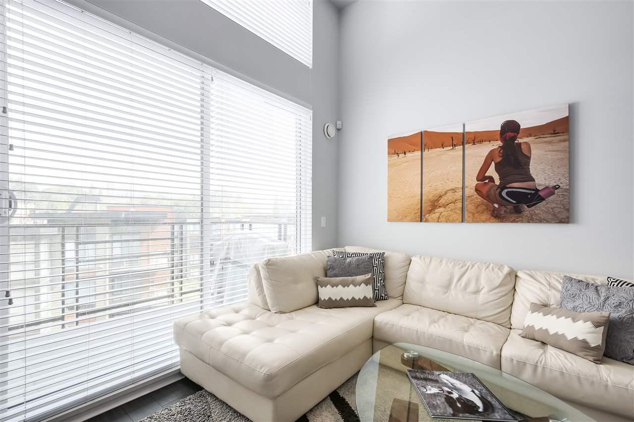 Condo Apartment at 610 733 W 3RD STREET, Unit 610, North Vancouver, British Columbia. Image 2