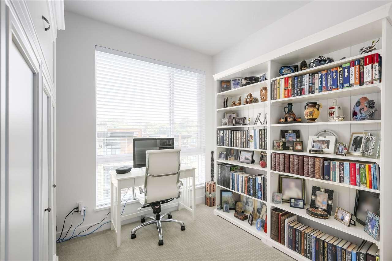 Condo Apartment at 610 733 W 3RD STREET, Unit 610, North Vancouver, British Columbia. Image 13