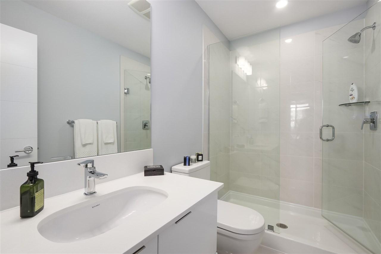 Condo Apartment at 610 733 W 3RD STREET, Unit 610, North Vancouver, British Columbia. Image 14