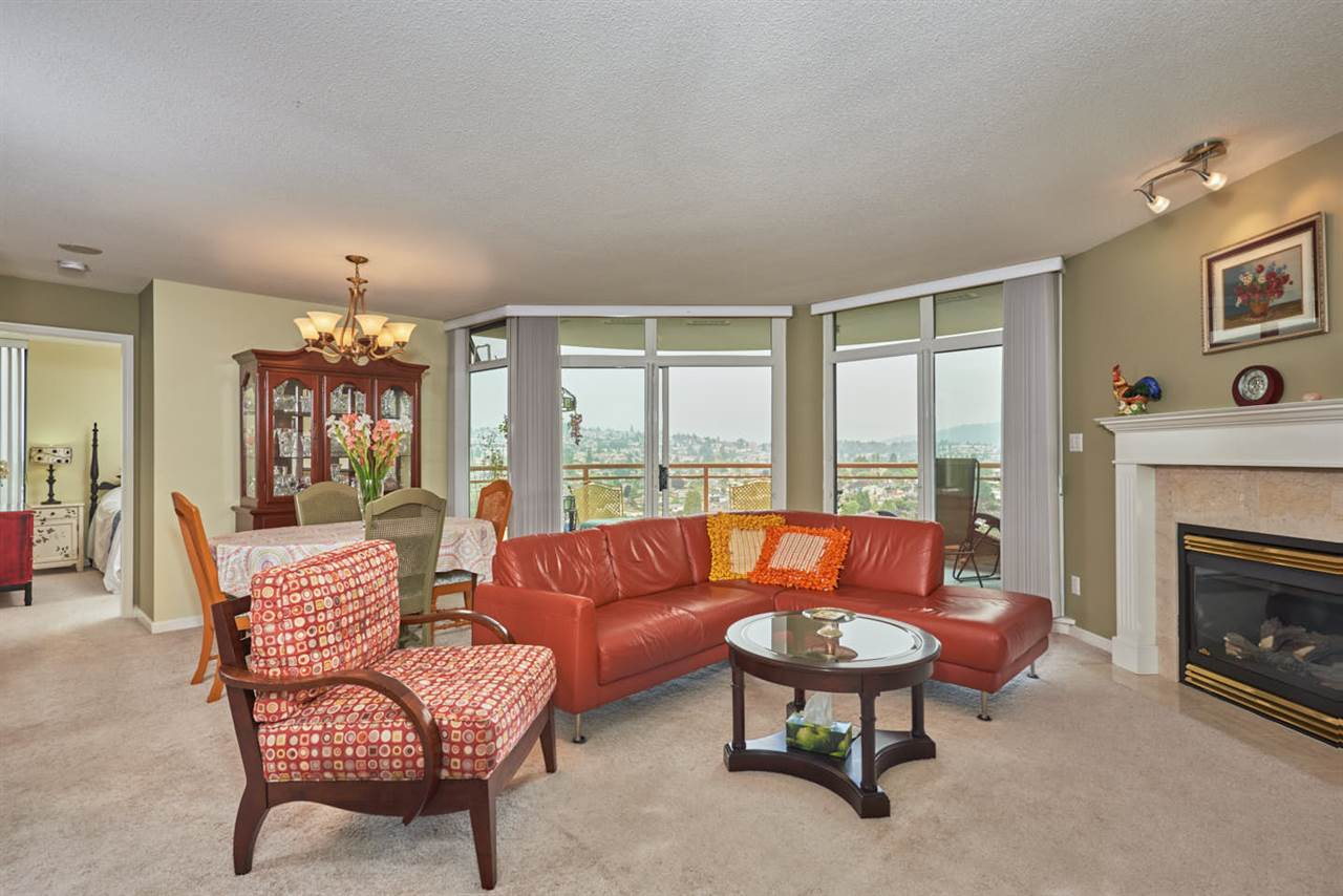 Condo Apartment at 2102 4425 HALIFAX STREET, Unit 2102, Burnaby North, British Columbia. Image 3