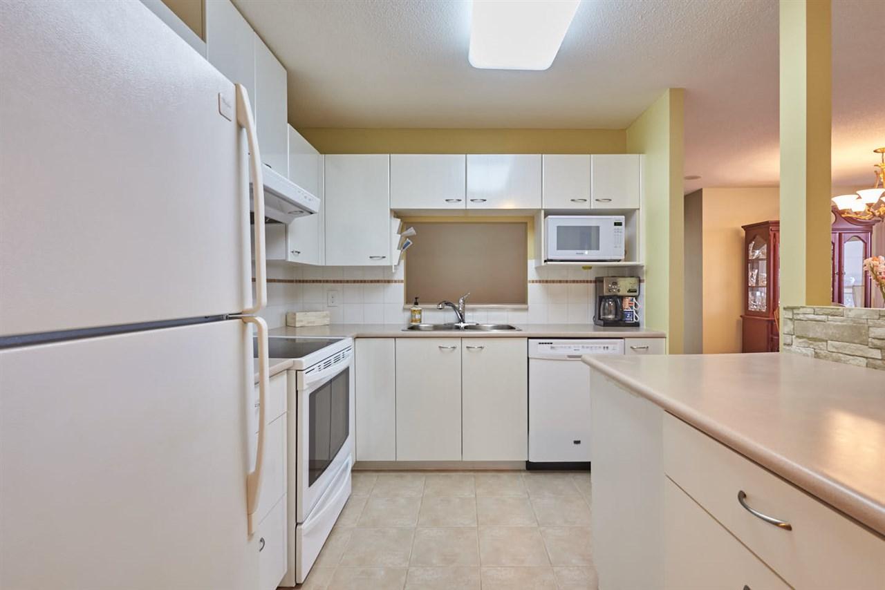 Condo Apartment at 2102 4425 HALIFAX STREET, Unit 2102, Burnaby North, British Columbia. Image 8