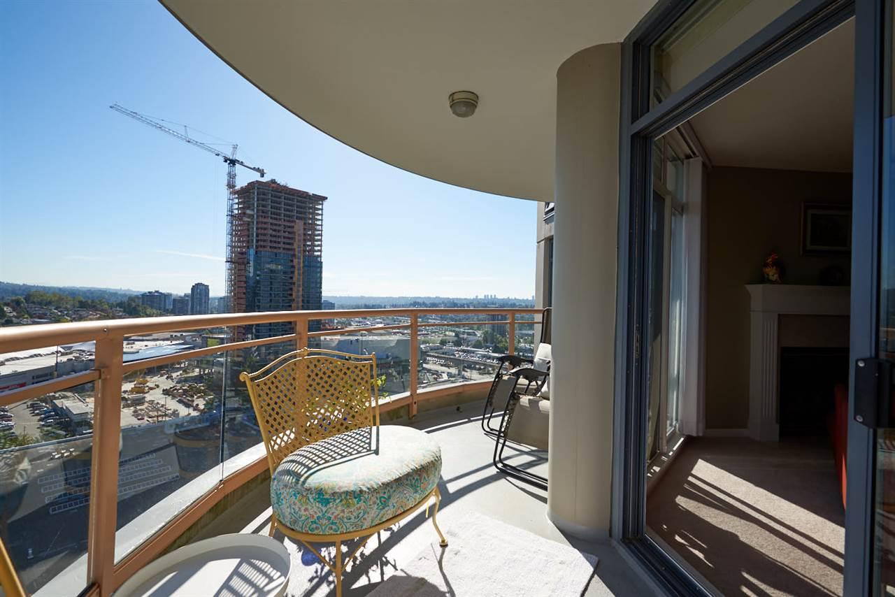 Condo Apartment at 2102 4425 HALIFAX STREET, Unit 2102, Burnaby North, British Columbia. Image 14