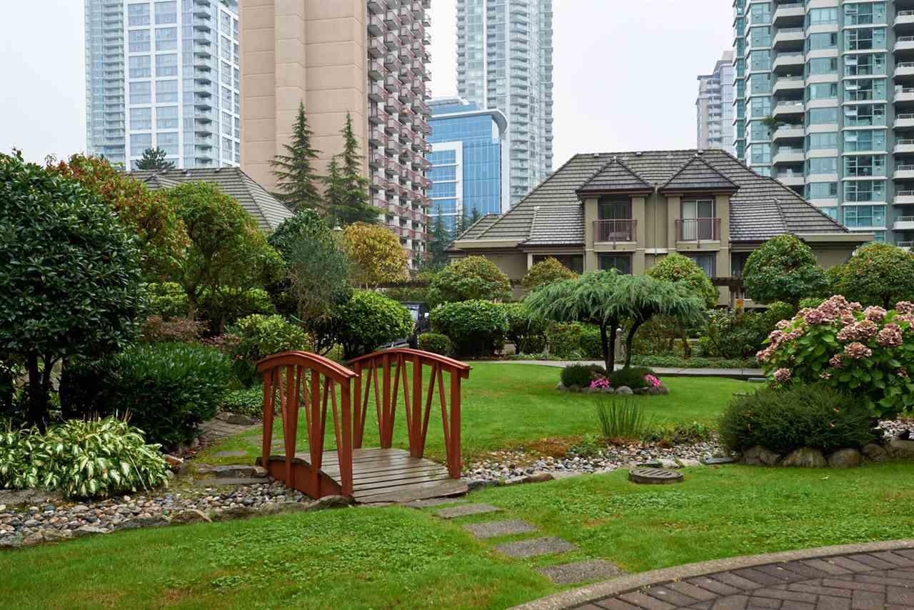 Condo Apartment at 2102 4425 HALIFAX STREET, Unit 2102, Burnaby North, British Columbia. Image 19