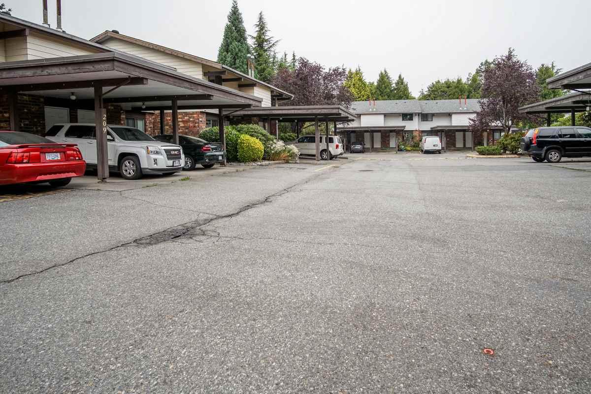 Townhouse at 214 13933 74 AVENUE, Unit 214, Surrey, British Columbia. Image 16