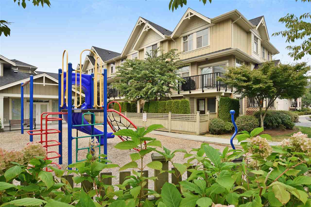Townhouse at 22 19525 73 AVENUE, Unit 22, Cloverdale, British Columbia. Image 3