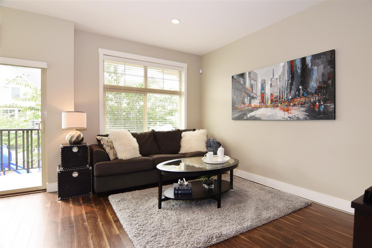 Townhouse at 22 19525 73 AVENUE, Unit 22, Cloverdale, British Columbia. Image 5