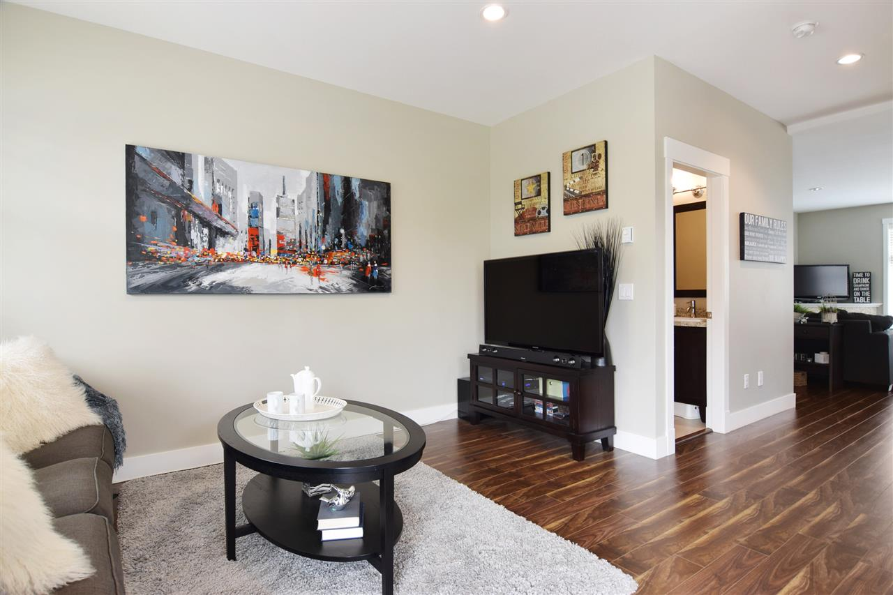 Townhouse at 22 19525 73 AVENUE, Unit 22, Cloverdale, British Columbia. Image 7