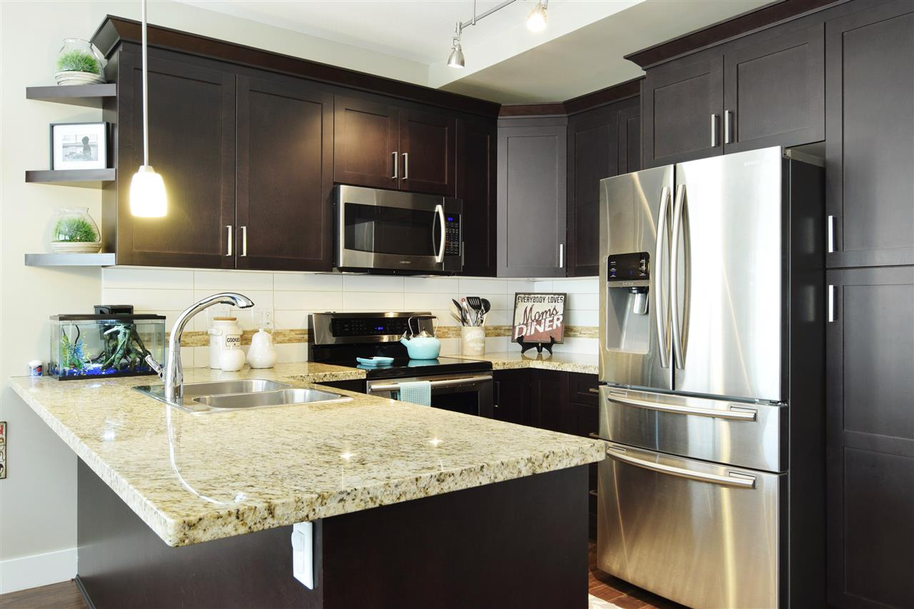 Townhouse at 22 19525 73 AVENUE, Unit 22, Cloverdale, British Columbia. Image 10