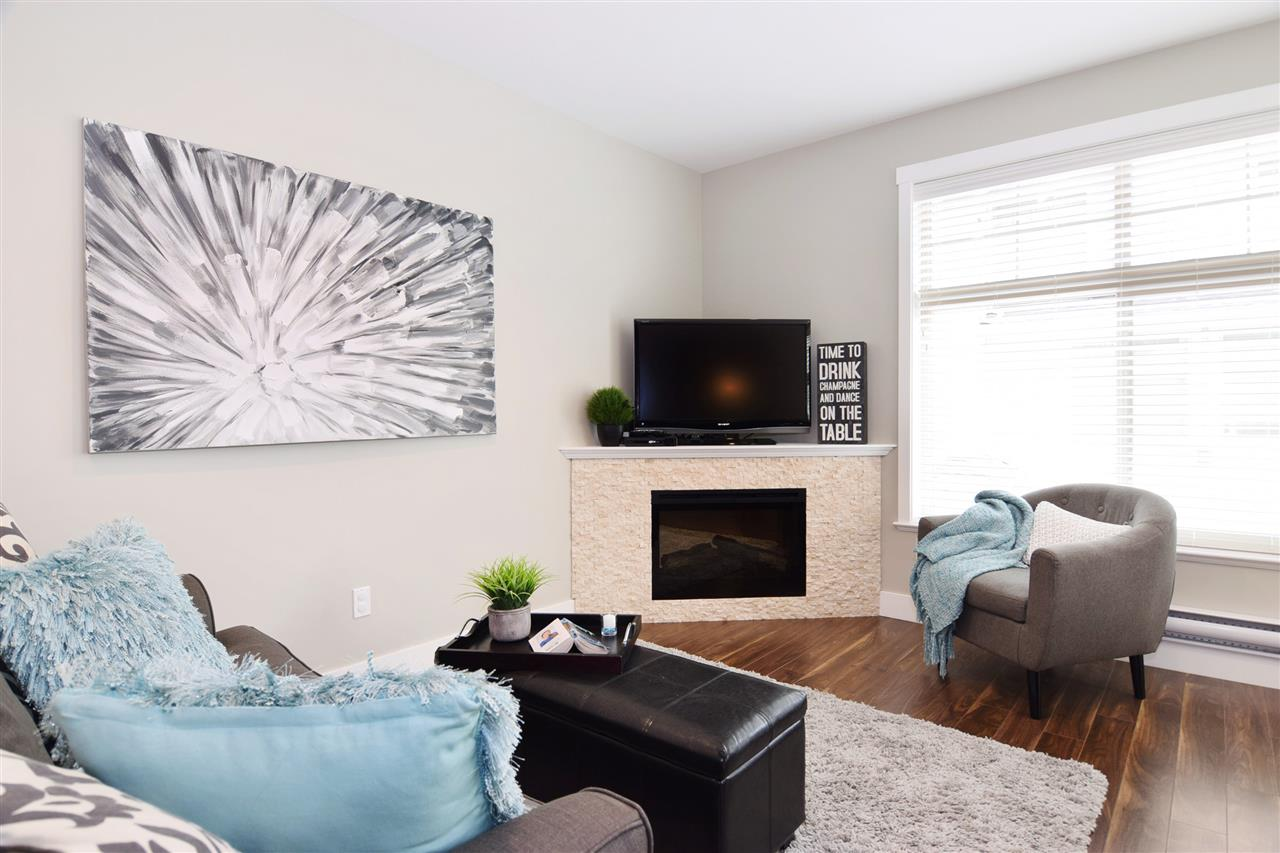 Townhouse at 22 19525 73 AVENUE, Unit 22, Cloverdale, British Columbia. Image 11