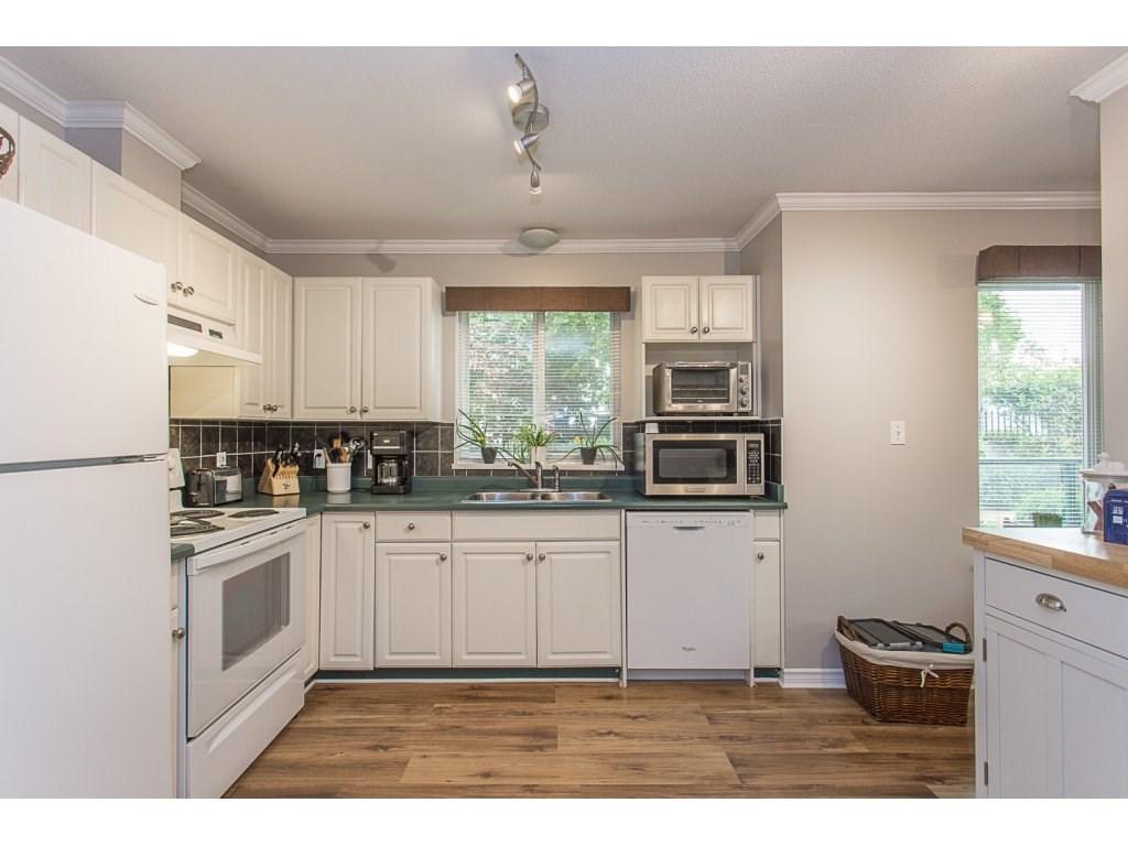 Condo Apartment at 109 33688 KING ROAD, Unit 109, Abbotsford, British Columbia. Image 3