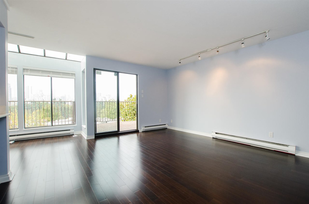 Townhouse at 205 925 W 8TH AVENUE, Unit 205, Vancouver West, British Columbia. Image 3