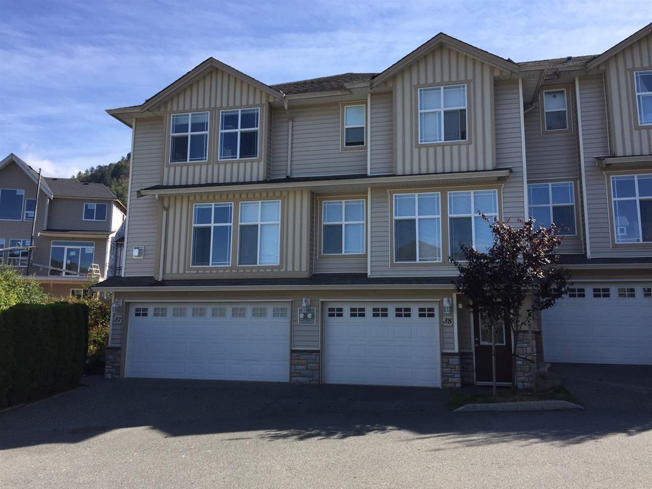 Townhouse at 37 46906 RUSSELL ROAD, Unit 37, Sardis, British Columbia. Image 1