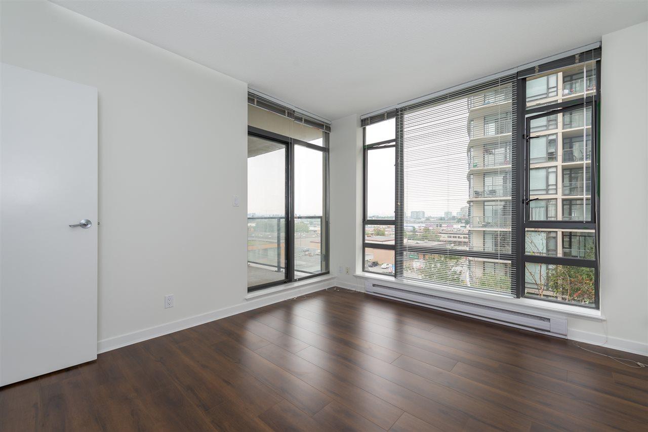 Condo Apartment at 808 7360 ELMBRIDGE WAY, Unit 808, Richmond, British Columbia. Image 3
