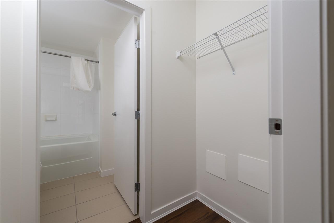 Condo Apartment at 808 7360 ELMBRIDGE WAY, Unit 808, Richmond, British Columbia. Image 4